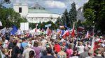 """""""Ні"""" контролю над суддями: обурені поляки бунтують проти судової реформи"""