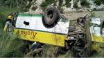 Моторошна аварія в Індії: автобус з пасажирами зірвався в прірву