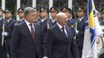 Визит Лукашенко в Киев: от потери сознания к голой груди