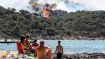 Четыре тысячи пожарных до сих пор не могут погасить  лесные пожары во Франции