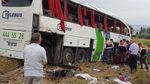 В Турции рейсовый автобус попал в жуткое ДТП: появились видео, фото