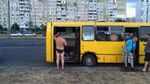 Журналисты озвучили потрясающую температуру во время жары в маршрутках