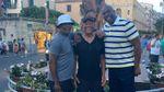 В Італії американських знаменитостей прийняли за біженців