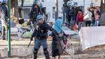 У столиці Італії поліція жорстоко розігнала протест мігрантів: з'явились фото