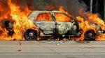 В Киеве на ходу загорелся автомобиль