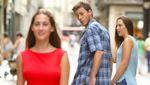 В сети набирает популярности мем с неверным парнем: смешные коллажи