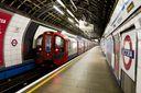 В метро Лондона произошел взрыв: первые фото