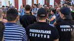"""Вибух пролунав під час мітингу під мерією Одеси через смертельну пожежу у """"Вікторії"""": відео"""