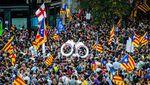 В Барселоне тысячи людей вышли на митинг против арестов сторонников независимости Каталонии