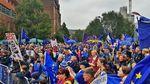 Тысячи британцев протестуют против Brexit