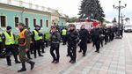 Рада розглядає закони Порошенка: до парламенту прибуло багато силовиків