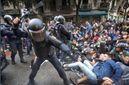 Іспанський уряд вибачився за дії поліції під час референдуму в Каталонії