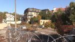Земельну ділянку Порошенка в центрі Києва обгородили колючим дротом