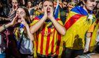 """Лідер Каталонії скасував виступ, де мав проголосити незалежність – йому кричать: """"Зрадник"""""""