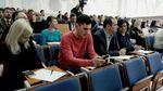 Письменники та політики написали Диктант Єдності на Прикарпатті: враження