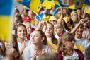 Какие проблемы больше всего волнуют украинцев: данные опроса