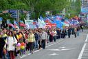 """В """"ЛНР"""" на низці адмінбудівель підняли російські прапори: фото"""