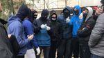 Соратника Медведчука забросали яйцами в Херсоне: видео