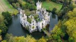 """Рандомні інтернет-користувачі """"скинулись"""" й викупили французький замок за 500 тисяч євро"""