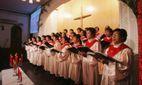 Украинскую щедривку спели в церкви в Сингапуре: трогательное видео