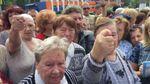 А как же камни с неба: в Крыму пенсионеры выступили против оккупантов с причудливыми лозунгами