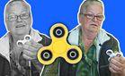 В России к 8 марта чиновники подарили пенсионеркам спинеры