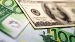 Готівковий курс валют 15 березня: гривня продовжує стрімко дешевшати