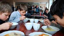 Київрада повернула безкоштовне харчування у школах
