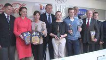 НОК вручив нагороди українським біатлоністам