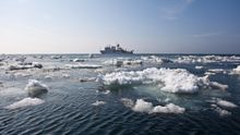 В Охотском море затонул траулер: более 50 погибших, на борту было 4 украинцев