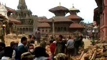 Землетрясение в Непале: столица превратилась в руины, погибло уже более 1000 человек