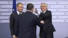 Глава Єврокомісії вліпив ляпаса прем