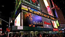 """На Таймс-Сквер з'явився велетенський надпис — """"Україна без Леніна"""""""
