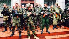 Вооруженные террористы хоронят убитого главаря Мозгового