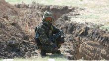 Как украинская армия не отвечает на обстрелы террористов