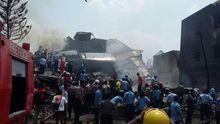 В Індонезії військовий літак впав на готель, є загиблі