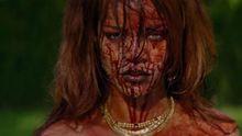 Кровь, наркотики и голая Рианна – появился ее скандальный клип (18+)