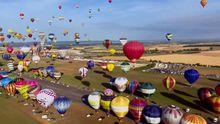 Захватывающий рекорд в воздухе осуществили во Франции