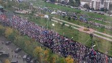 У Москві тисячі людей вийшли на вулиці, щоб скинути Путіна