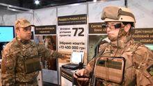 Волонтери представили новітню зброю у Києві