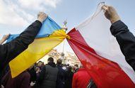 Стало известно, в какую страну украинцы подали больше всего заявок на постоянное проживание