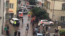 Невідомий напав на перехожих із бензопилою у Швейцарії, є поранені: відео