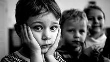 Брудні діти визирали з вікон і просили їсти: поліція розповіла про жахливий випадок у Маріуполі