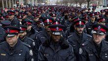 """В МВД хотят изменить полицию за """"канадским образцом"""""""