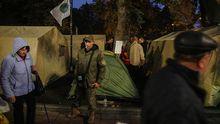 Под стенами Рады протестующие установили палаточный городок: фото