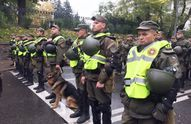 Ситуація в Києві: за порядком стежать тисячі правоохоронців з собаками і технікою