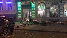 В Харькове авто въехало в толпу людей, много погибших и раненых