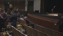 В Одессе сорвали концерт российского артиста Райкина: активисты ворвались в театр