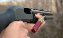 Чоловік розстріляв з гвинтівки групу людей у Дніпрі