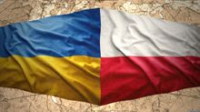 Україна не повинна мовчати, – експерт про скандал із Польщею